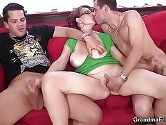 Mature bitch gets her throat and ass banged video